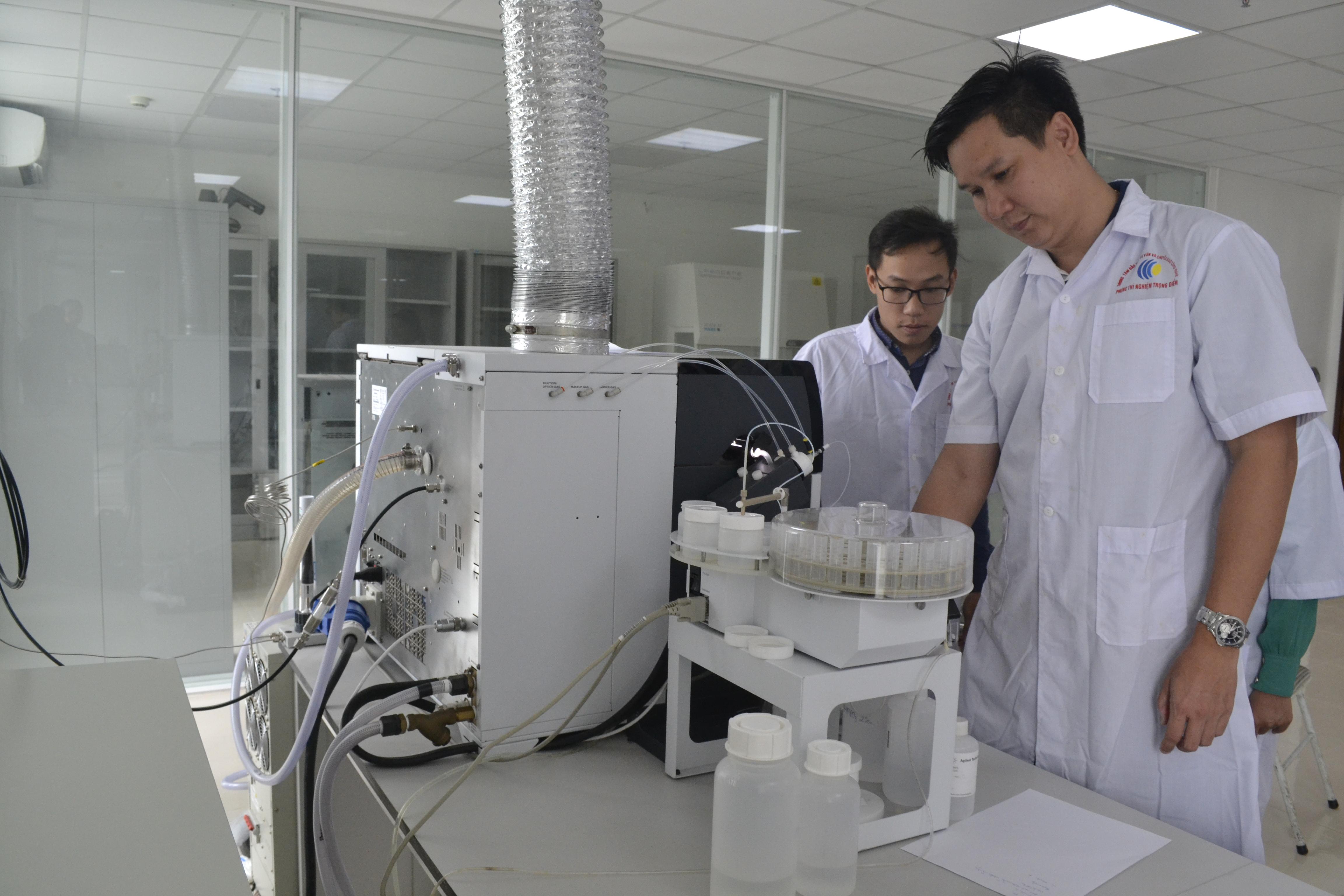 """Khóa Đào tạo """"Xử lý và phân tích mẫu nước biển trên thiết bị ICP-MS 7900 Agilent"""""""